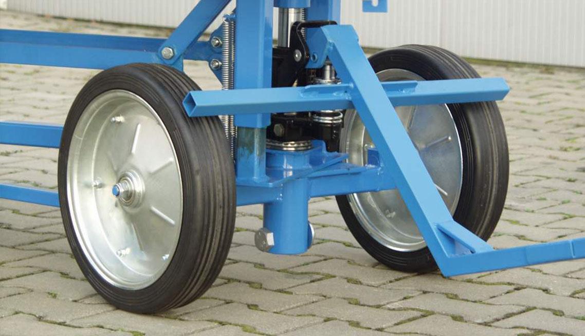 Wózek z podnośnikiem hydraulicznym